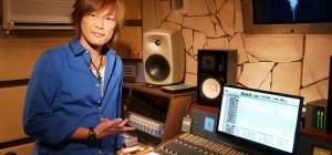 高橋秀幸の最新シングル『Beyond the limits』。「アニメイト」で購入をした方限定で、新曲『フルスロットラー』を収録したCD盤をプレゼント!!