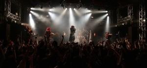 次なる飛躍の場は、恵比寿リキッドルーム!! Synk;yetが「心中の園」新宿ReNYに描き出した「罪と狂気」を熱狂で浄化してゆく物語!!!