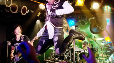 YOFFY、サイキックラバーのワンマンに先駆け、「戦国BASARSA10周年祭」に出演!! アフィリア・サーガの最新シングルのC/Wにも作詞提供!!