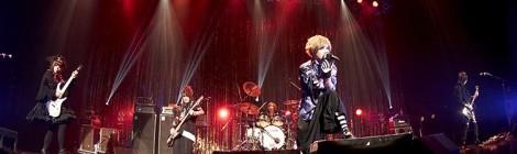 超満員のZEPP TOKYOが絶叫と熱狂と逆ダイに支配され、壊れてゆく…。10年ぶりに一夜限定復活したMASKが描き出した狂騒劇!!ロング