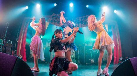 ダイヤモンドルフィー、結成2周年ワンマンライブを恵比寿リキッドルームで開催!サーカス小屋を舞台にピエロが語り部となったストーリーライブ!!